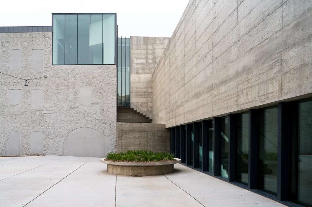 Vision lateral de la fachada