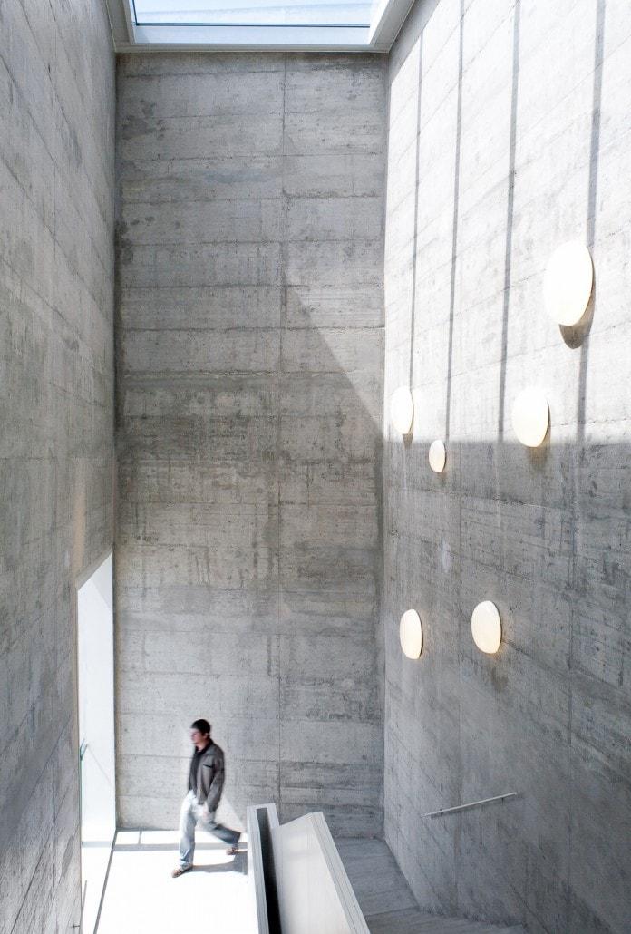 Una de las 2 escaleras que comunican las 2 plantas