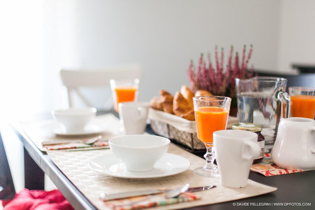 Decoraci n de una mesa desayuno davide pellegrini - Mesas de desayuno ...