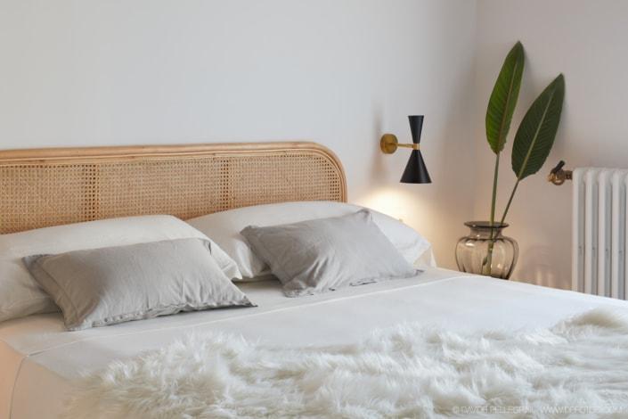 Fotografía de interiorismo de la decoración de una cama